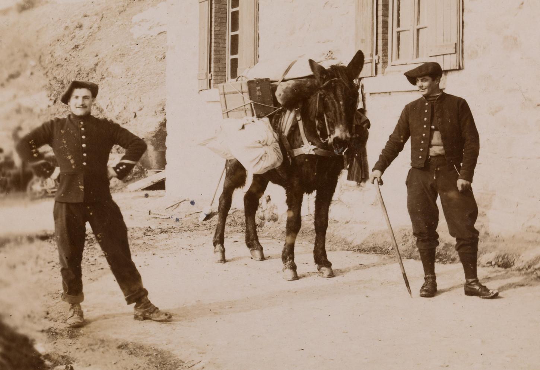 Chasseurs alpins, vers 1900 (détail). Musée de Bretagne: 2017.0011.121.226.