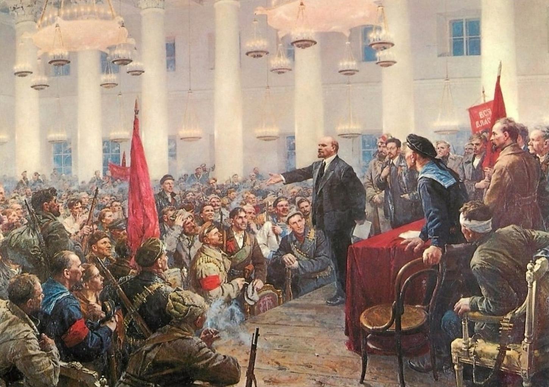 Lénine prononçant un discours lors du deuxième congrès des Soviets de Russie, en octobre 1917. Carte postale. Collection particulière.