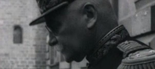 Le fameux général présent à ce mariage et que l'on cherche à identifier (capture d'écran). Cinémathèque de Bretagne: Saint-Brieuc et divers : 1927-1934 {rushes} [3849] 1927 à 1934 | Louis Bogrand.