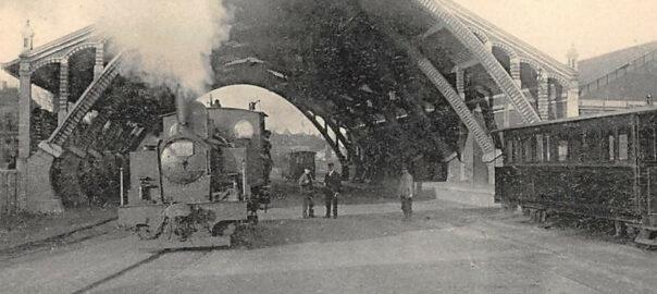 Saint-Brieuc, la gare des chemins de fers départementaux. Carte postale (détail). Collection particulière.