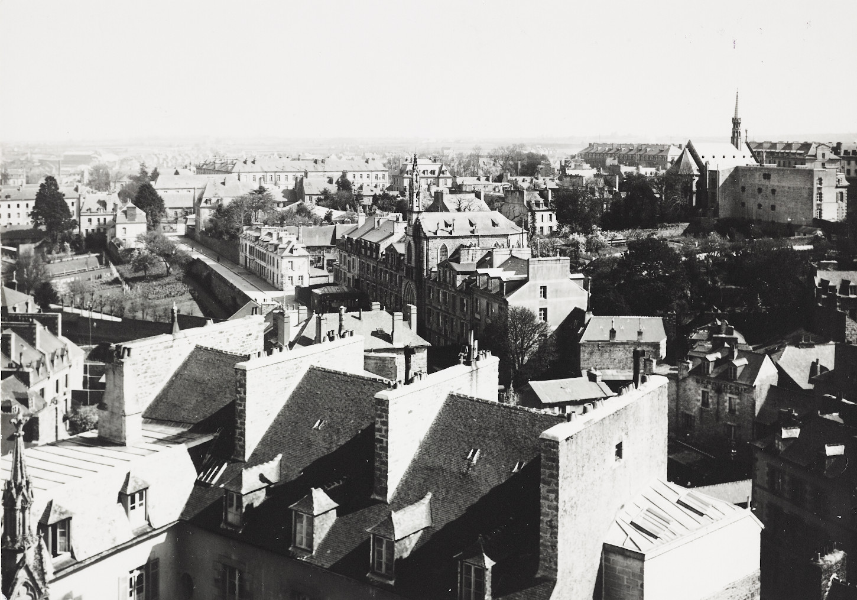 Vue de Saint-Brieuc. Cliché Raphaël Binet (sans date). Musée de Bretagne : 972.0004.434.