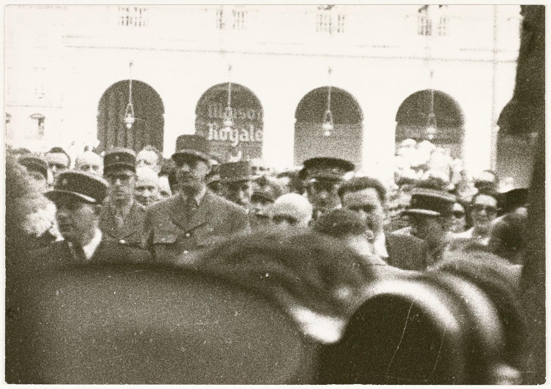 Visite du général de Gaulle à Rennes, 27 juillet 1947. Cliché: Raphaël Binet. Musée de Bretagne: 972.0004.98.