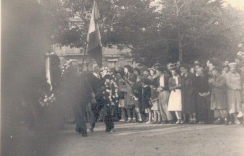 Lors de la cérémonie franco-américaine organisée le 4 août 1939 à Saint-Nazaire (détail). Collection particulière.
