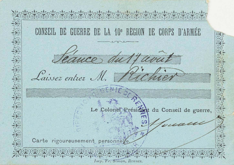 Laisser-passer pour le Conseil de guerre de la 10e région de corps d'armée. Musée de Bretagne: 956.0002.388.
