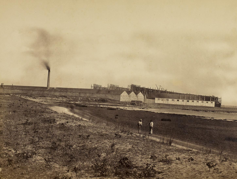 Le chantier naval John Scott de Saint-Nazaire, 1863, photographie de Jules Duclos. Musée de Bretagne : 2002.0030.3.
